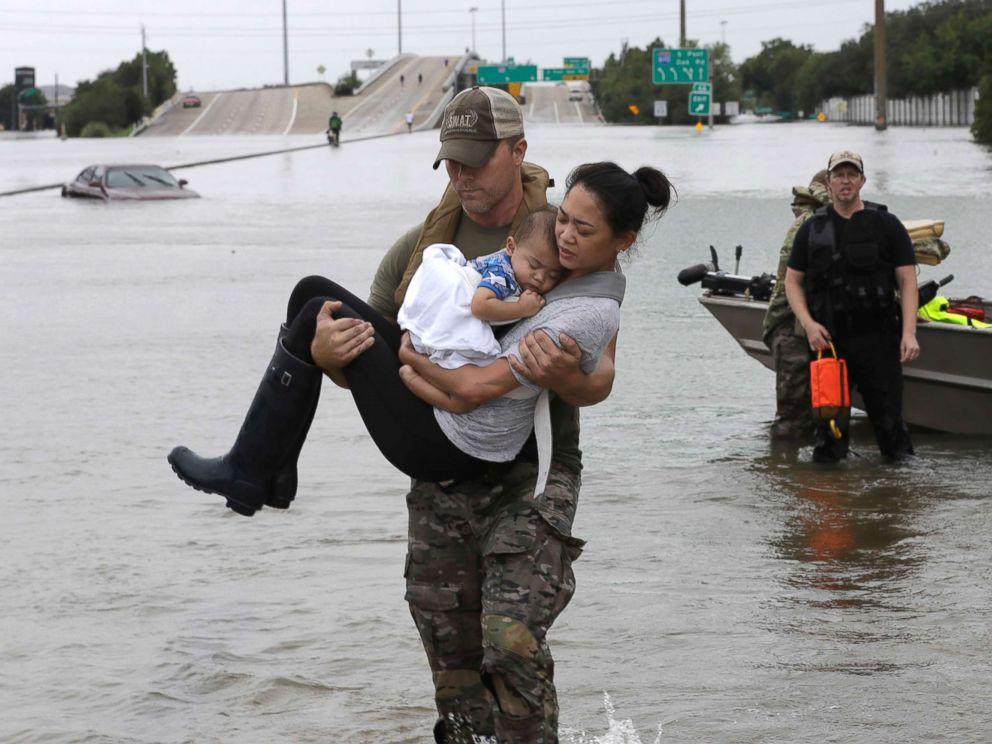 hurricane-harvey-rescue