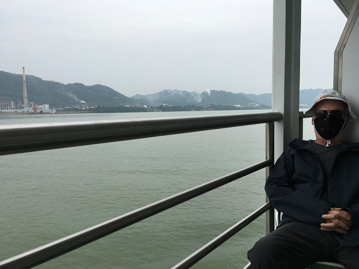 Relaxing on the Yangtze River